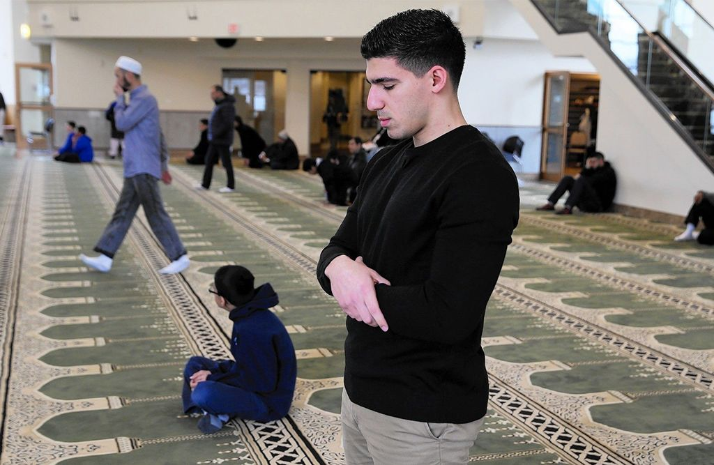 Benedictine University Welcomes Muslim Students